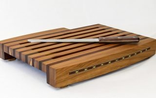 Breadboard with Knife and Tray — Isometric Front View with Knife