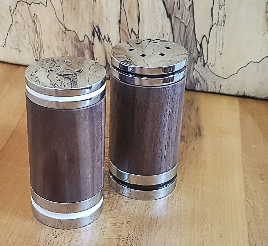Salt and Pepper Shaker Set – Chrome – Wood – Walnut