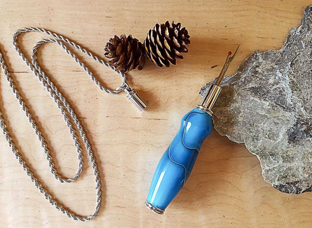 Single Seam Ripper - Necklace – Chrome – Acrylic — Persian Blue